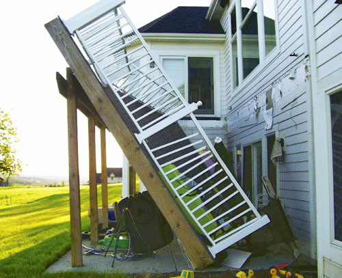 multifamily-deck-collapse
